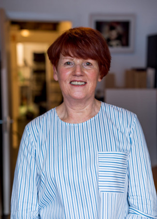 """<p class=""""hvr-title"""">Patricia O'Dwyer</p><p class=from-place>Cork South Central</p>"""