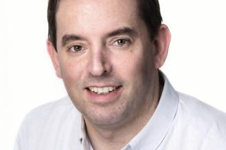 "<p class=""hvr-title"">John O'Shea</p><p class=from-place>Killarney</p>"