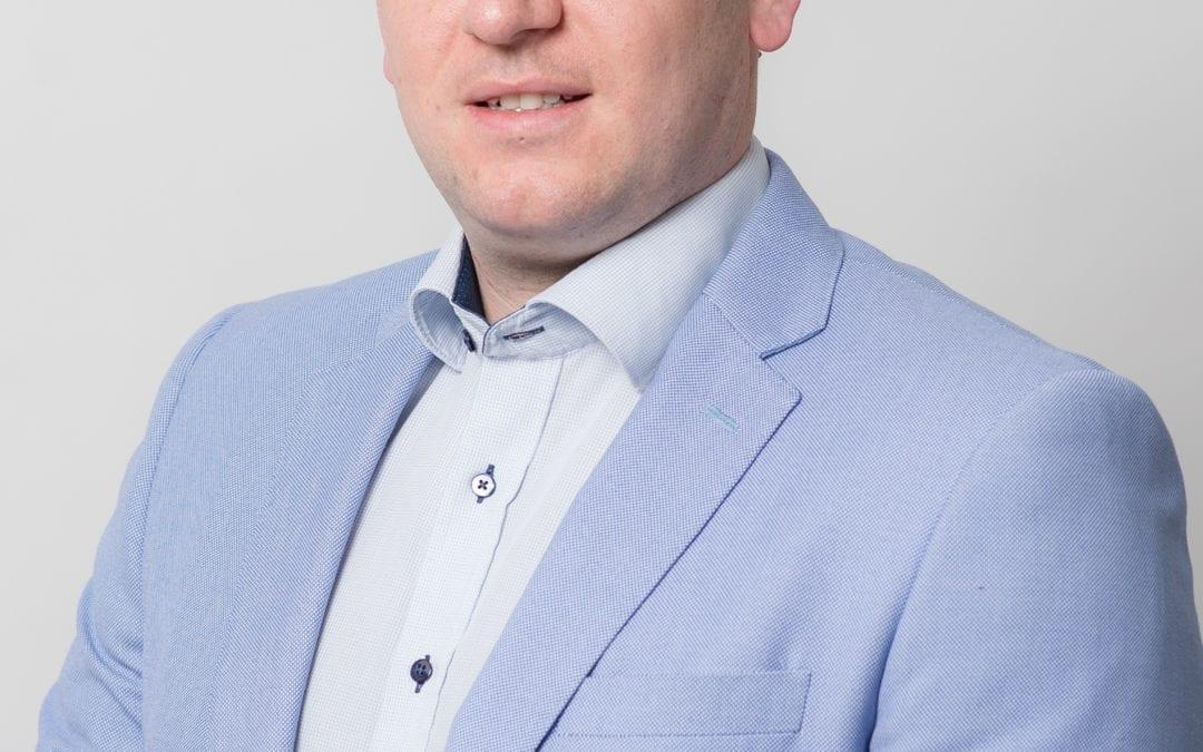 Stephen Marken